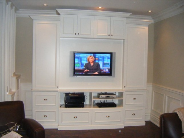 entertainment unit with applied mouldings