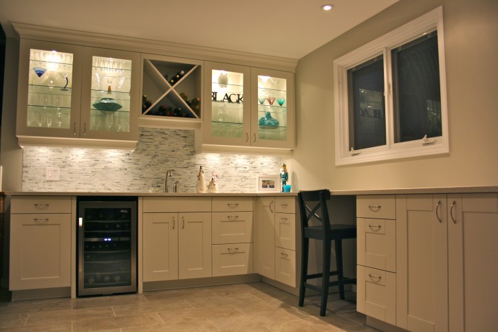 white shaker office wet bar 3